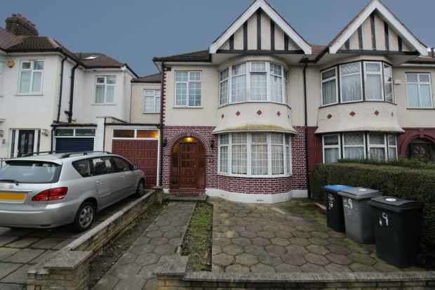 4 Bedrooms Semi Detached House for sale in Park View Road, London, Greater London, NW10 1AD