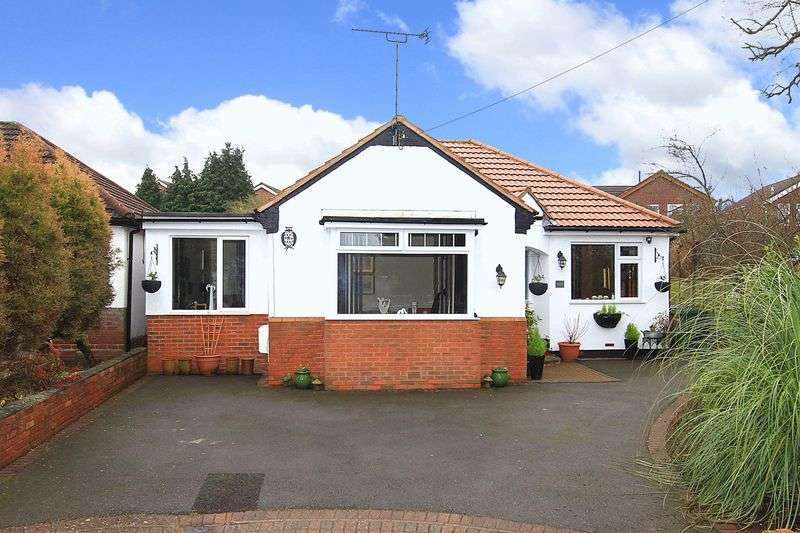 2 Bedrooms Detached Bungalow for sale in PENN, Orchard Grove