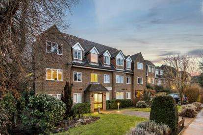 1 Bedroom Flat for sale in Regents Court, 25 London Lane, Bromley