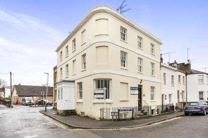 2 Bedrooms Flat for sale in Sandford Street, Cheltenham, Gloucestershire
