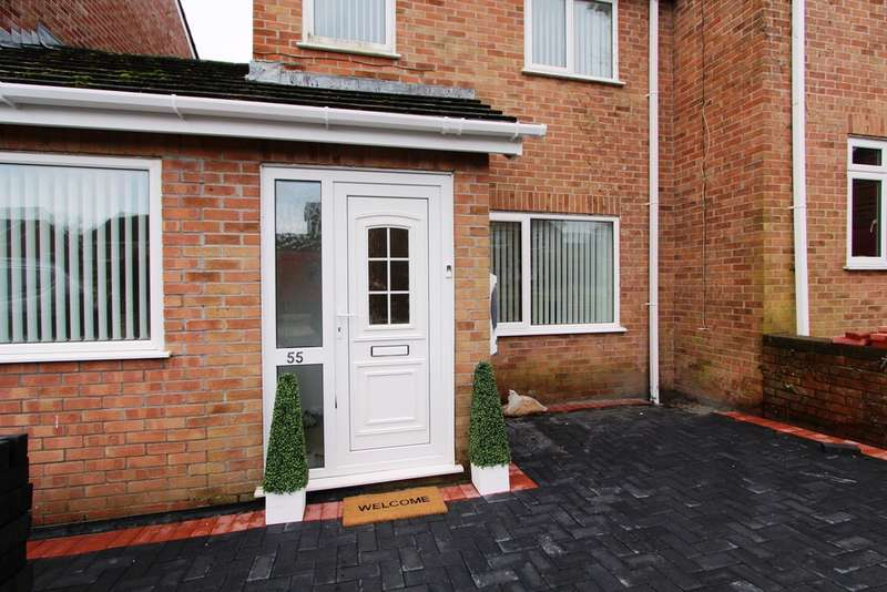 4 Bedrooms Semi Detached House for sale in Penlee Park, Torpoint