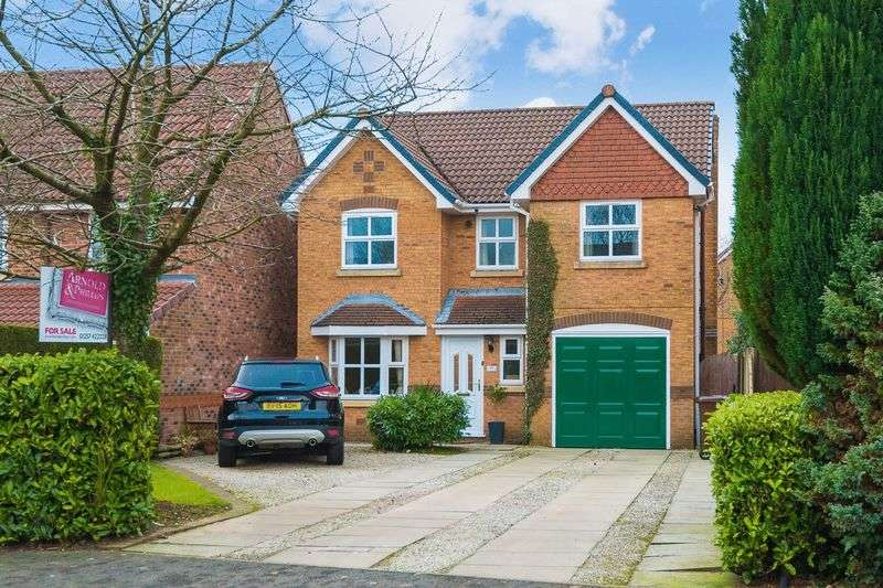 4 Bedrooms Detached House for sale in Churchlands Lane, Standish