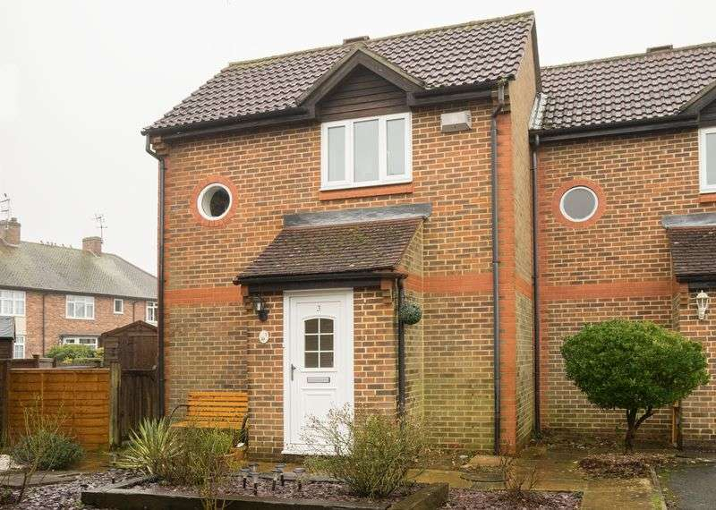 1 Bedroom Terraced House for sale in Hawkenbury Mead, Tunbridge Wells