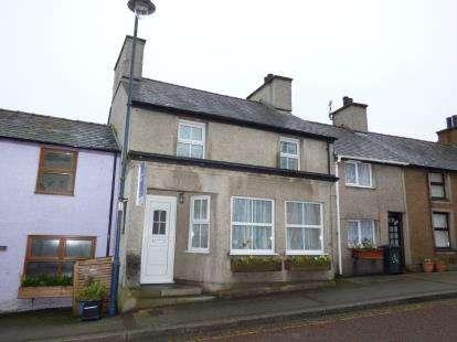 3 Bedrooms Terraced House for sale in High Street, Cemaes Bay, Sir Ynys Mon, LL67