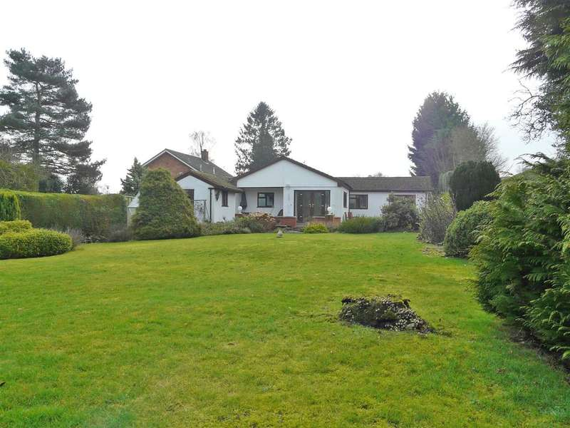 4 Bedrooms Detached Bungalow for sale in The Row, Wellington, Hereford, HR4
