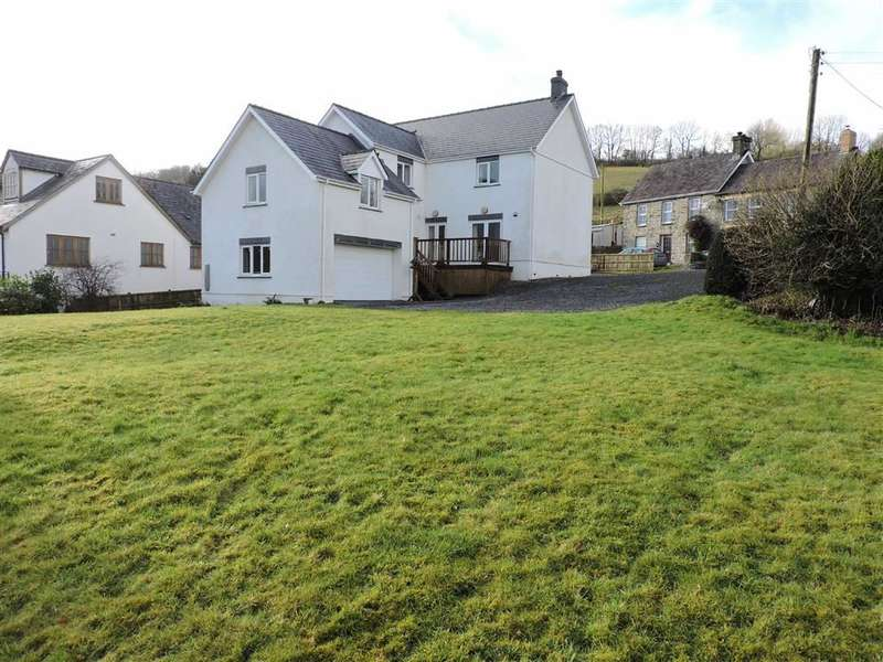 5 Bedrooms Property for sale in Gorrig Road, Pentrellwyn, Llandysul