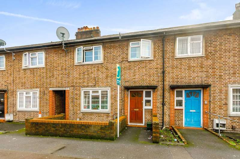 3 Bedrooms Terraced House for sale in Pelham Road, Wood Green, N22
