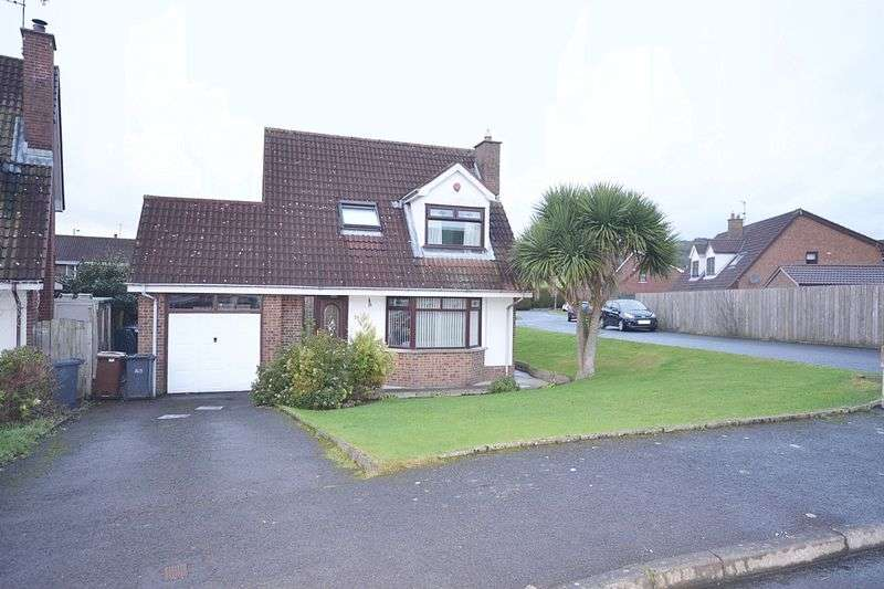 3 Bedrooms Detached House for sale in Hillview Drive, Carrickfergus