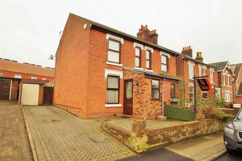 3 Bedrooms Semi Detached House for sale in Halstead Road, Lexden, Colchester