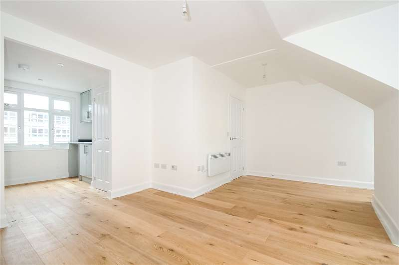 2 Bedrooms Apartment Flat for sale in Park Street, Camberley, Surrey, GU15