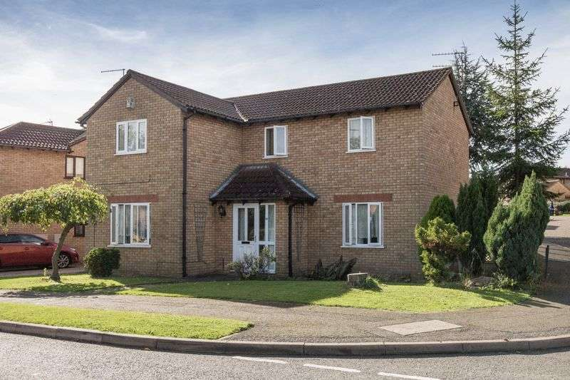 4 Bedrooms Detached House for sale in Russet Drive, Little Billing, Northampton