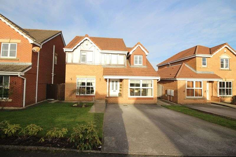 4 Bedrooms Detached House for sale in Glenwood Close, Radcliffe, M26