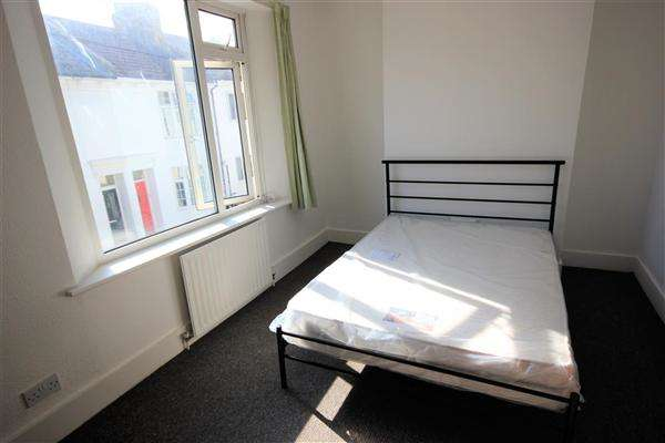 4 Bedrooms House for rent in St Pauls, Brighton