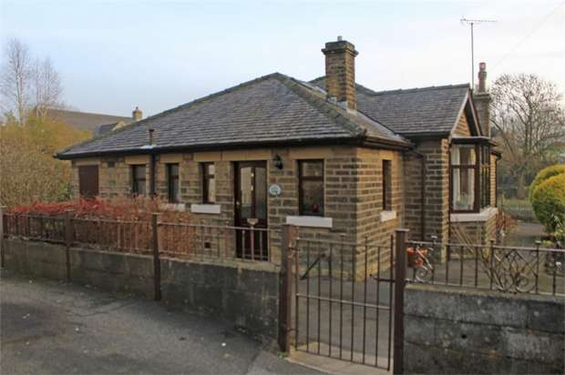 3 Bedrooms Detached Bungalow for sale in Croft Street, Earby, Barnoldswick, Lancashire