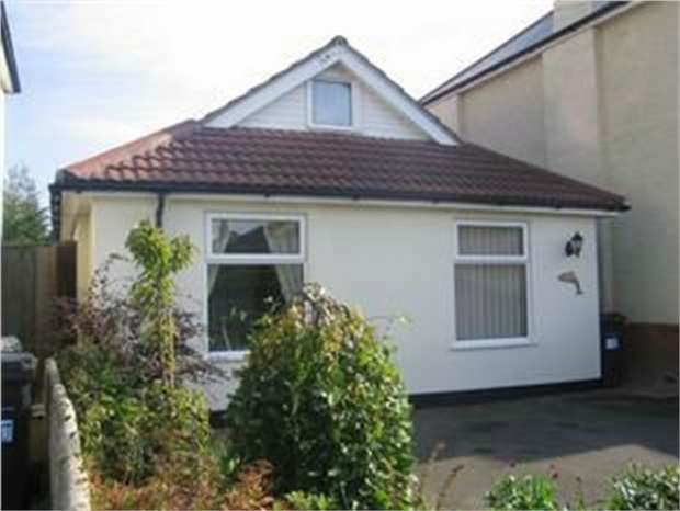 3 Bedrooms Detached Bungalow for sale in Southbourne, Bournemouth, Dorset