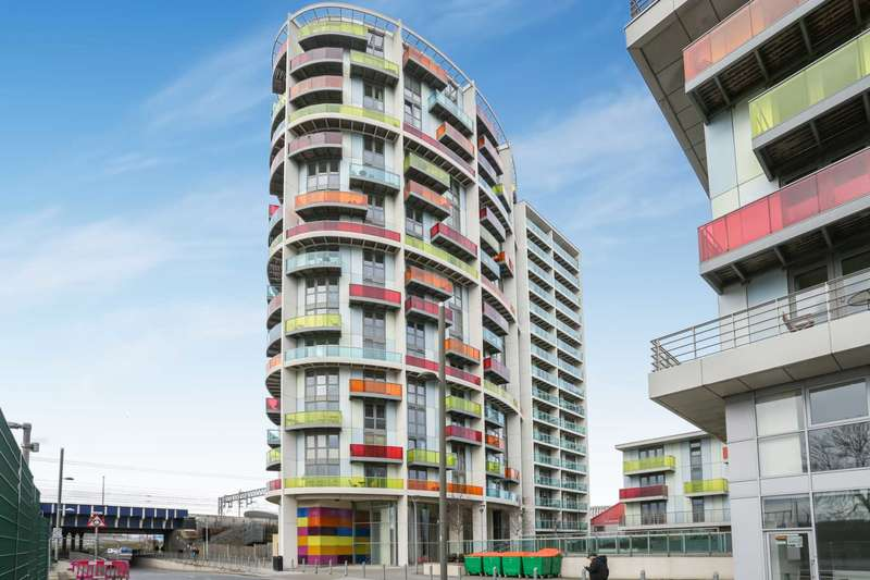 1 Bedroom Apartment Flat for sale in Warton Road, Stratford