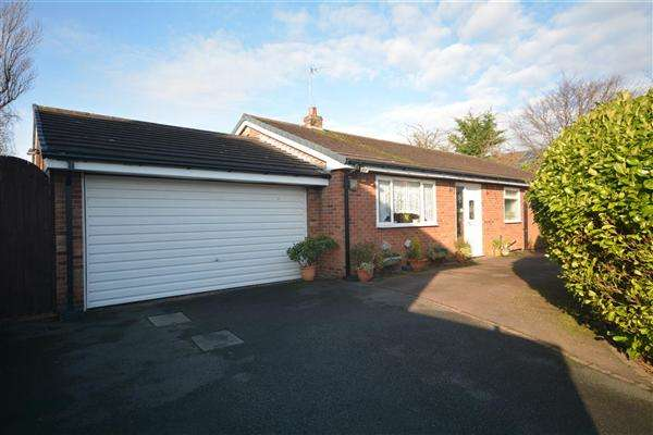 3 Bedrooms Bungalow for sale in Fender Way, Barnston