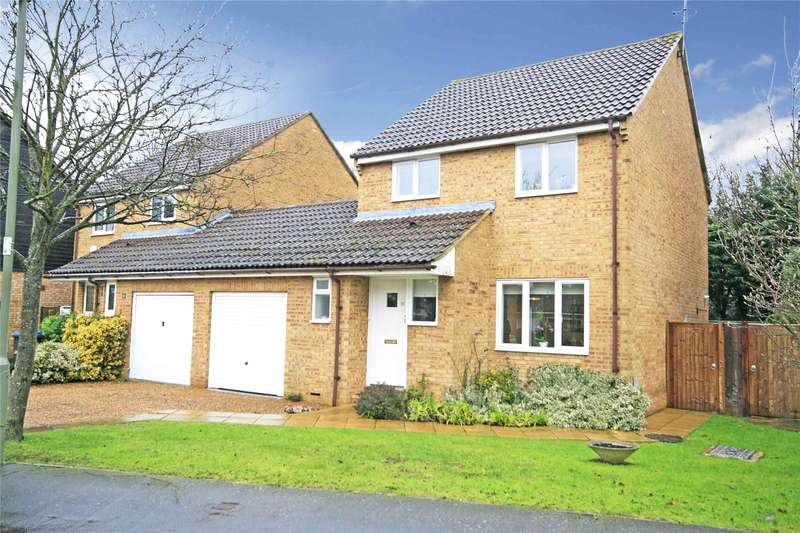 3 Bedrooms Link Detached House for sale in Viscount Gardens, Byfleet, Surrey, KT14