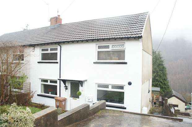 3 Bedrooms Semi Detached House for sale in Llanfach Road, Abercarn, NEWPORT, Caerphilly