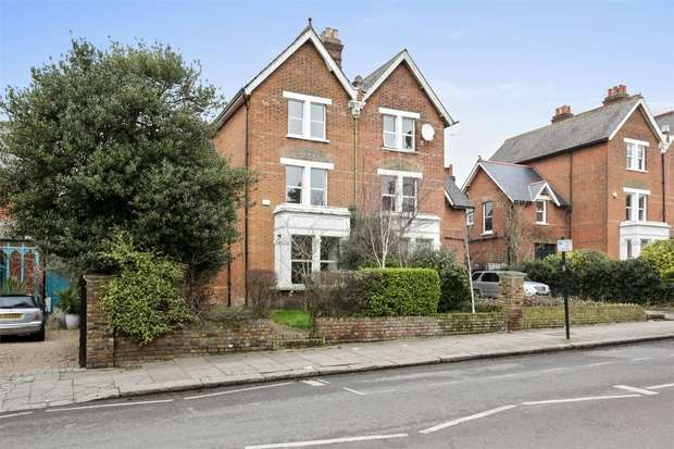4 Bedrooms Semi Detached House for sale in East Churchfield Road, Acton