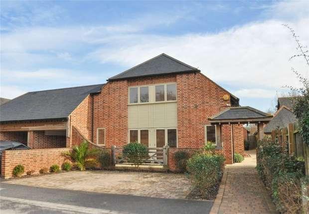 4 Bedrooms Semi Detached House for sale in Longham Farm Close, FERNDOWN, Dorset