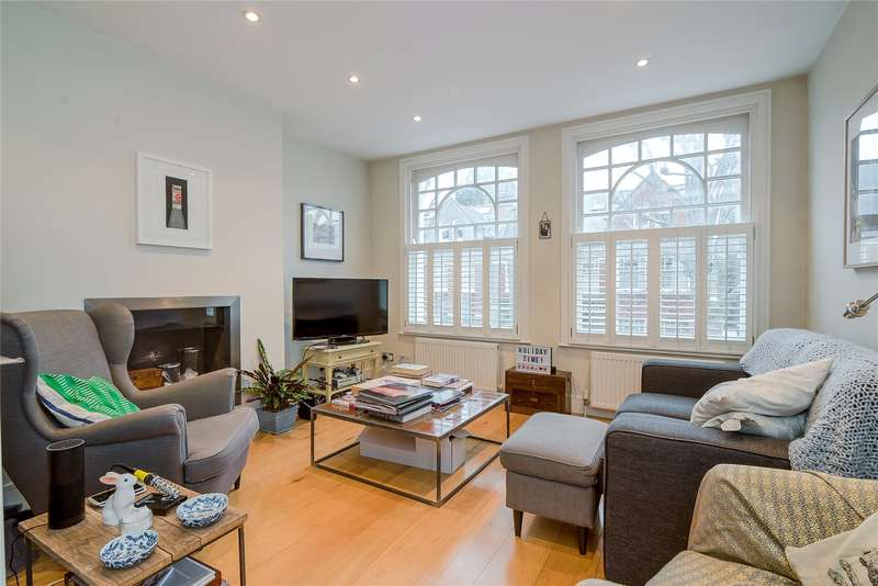 2 Bedrooms Flat for sale in Crockerton Road, Wandsworth, London, SW17