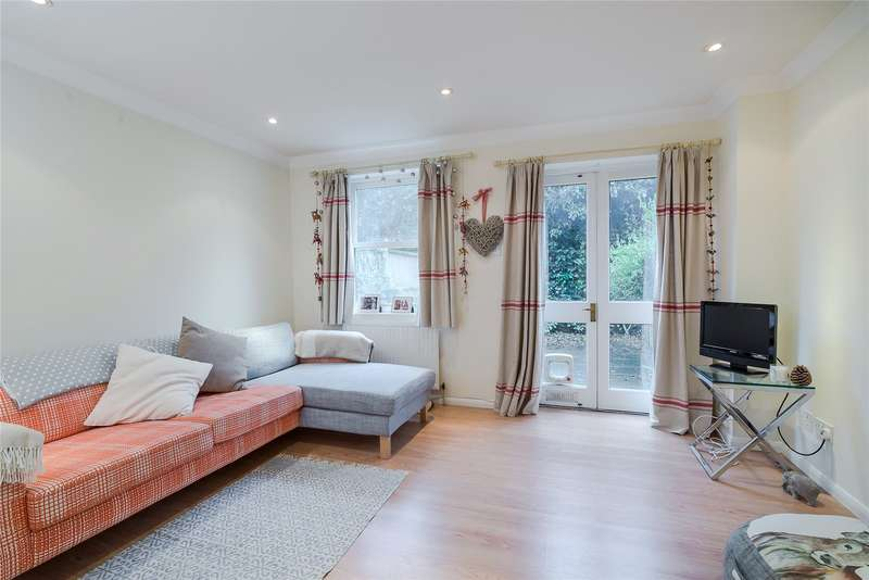 2 Bedrooms Mews House for sale in Carmichael Mews, London, SW18