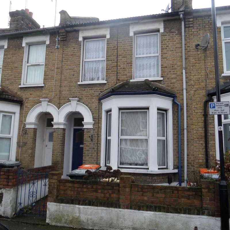 2 Bedrooms Terraced House for sale in Blenheim Road, East Ham