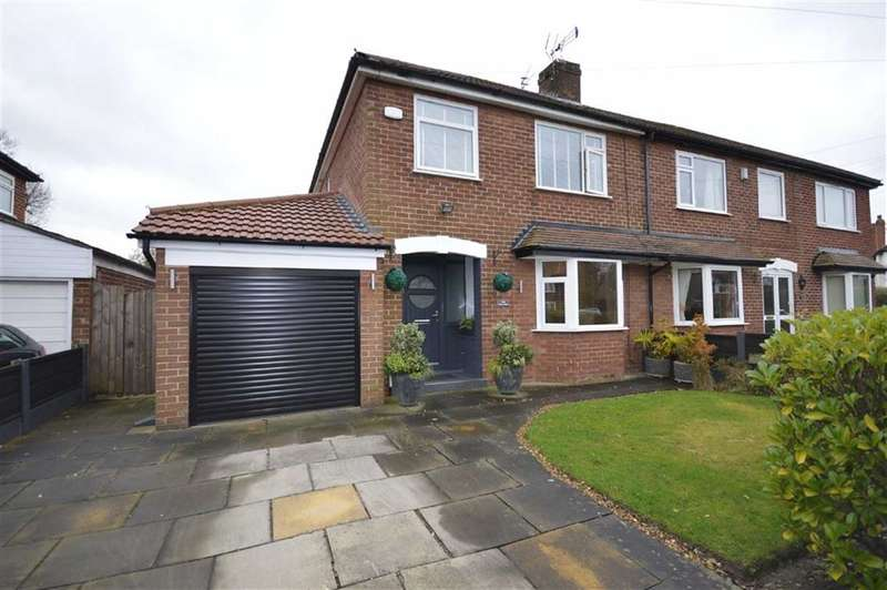 3 Bedrooms Property for sale in PARK AVENUE, Cheadle Hulme, Cheadle