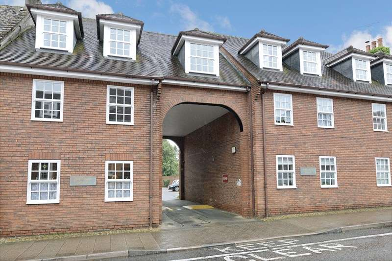 1 Bedroom Retirement Property for sale in Chestnut House, Blandford Forum, DT11 7DU