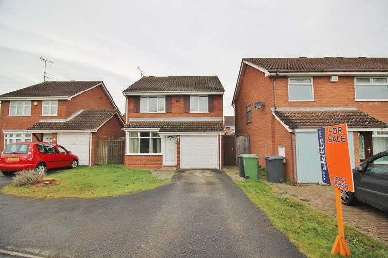 3 Bedrooms Detached House for sale in Cromwell Road, Wolverhampton