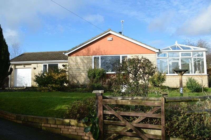 3 Bedrooms Detached Bungalow for sale in East Stour, East Stour