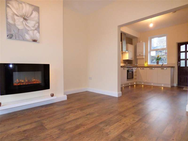 2 Bedrooms Terraced House for sale in Bold Street, Colne