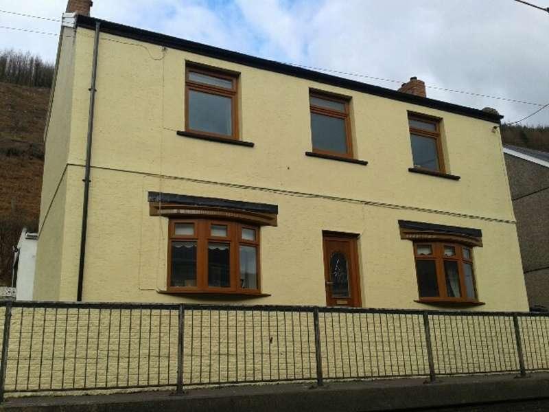 3 Bedrooms Detached House for sale in Twyn Y Pandy, Pontrhydyfen