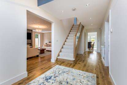 4 Bedrooms Detached House for sale in Millway, Duston, Northampton, Northamptonshire