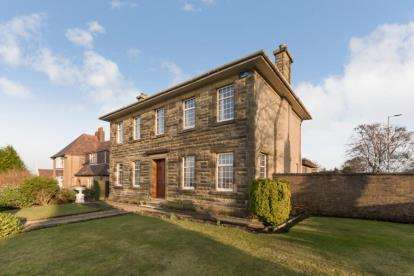 3 Bedrooms Detached House for sale in Wood Street, Greenock