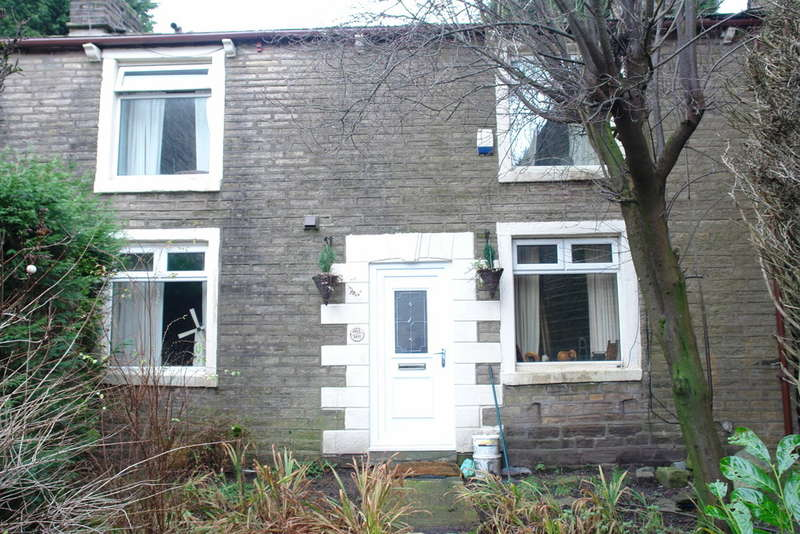 2 Bedrooms Detached House for sale in Huddersfield Road, Austerlands, Saddleworth