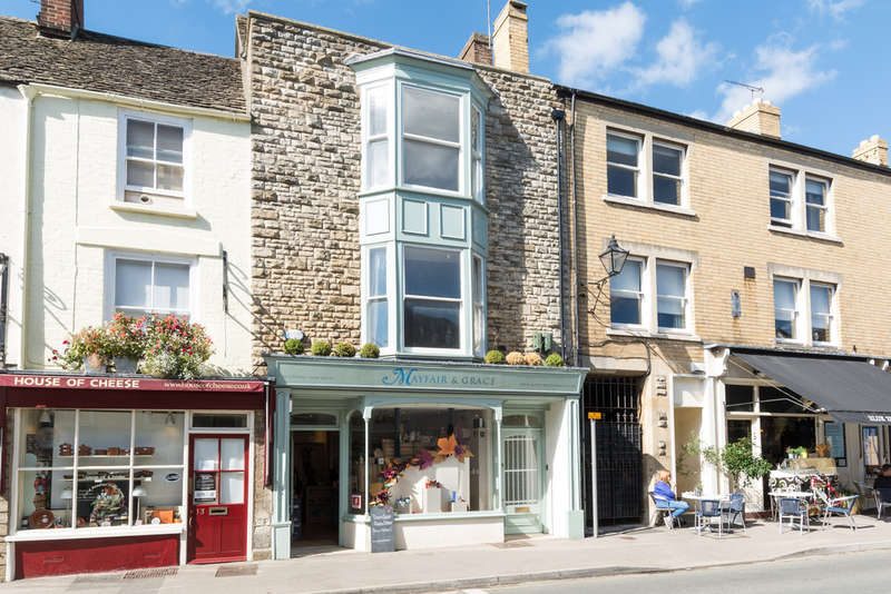 2 Bedrooms Town House for sale in Church Street, Tetbury