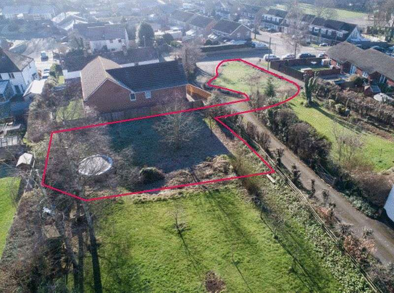 Land Commercial for sale in Threshers, Crediton