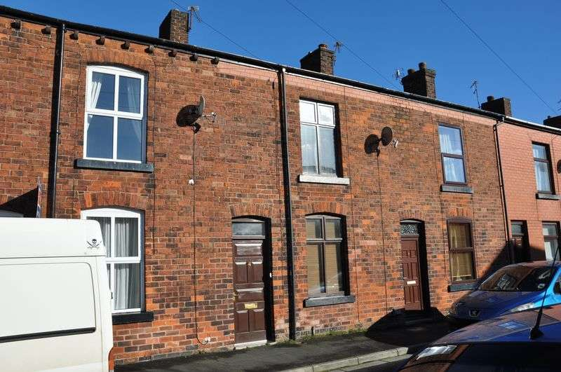 2 Bedrooms Terraced House for sale in Green Street, Anderton