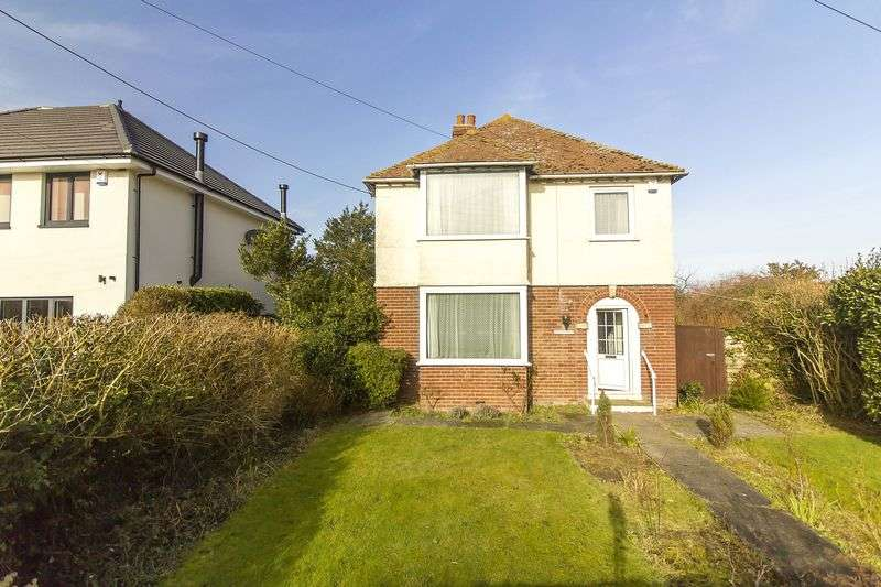 3 Bedrooms Detached House for sale in Sandwich Road, Woodnesborough