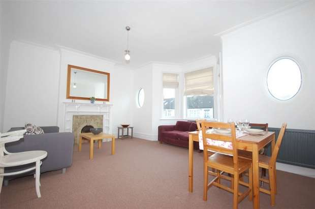 3 Bedrooms Flat for sale in Hanover Road, Kensal Rise, LONDON