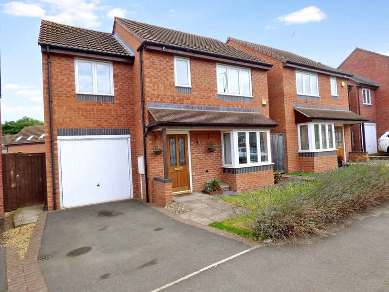 3 Bedrooms Detached House for sale in St Fremund Way, Leamington Spa
