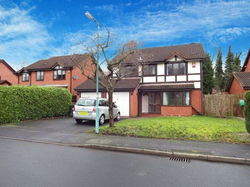 4 Bedrooms Detached House for sale in Stokesay Close, Kidderminster DY10 1YB