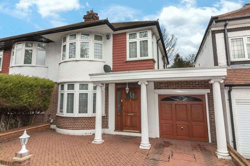 3 Bedrooms Semi Detached House for sale in Spring Gardens, Woodford Green