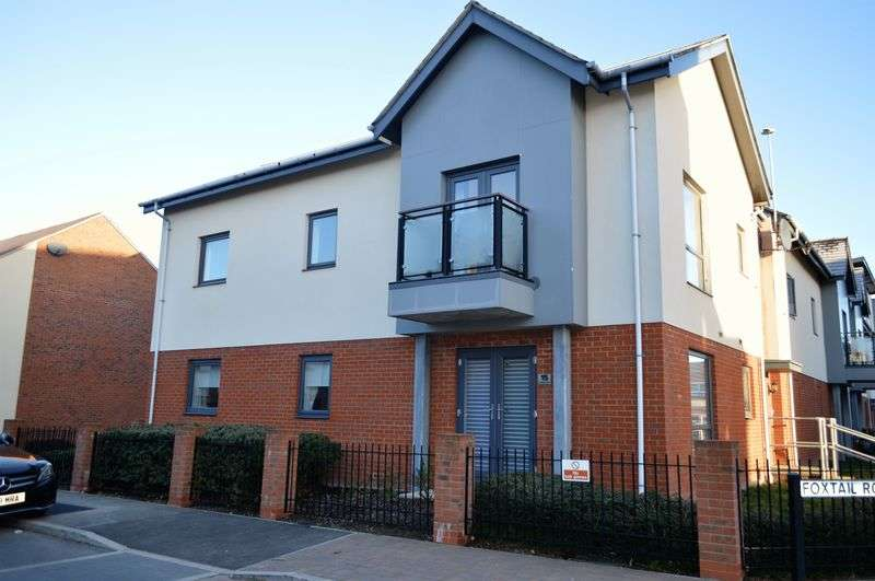 2 Bedrooms Flat for sale in Foxtail Road, Waterlooville