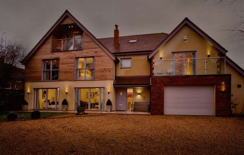 6 Bedrooms Detached House for sale in Bath Road, Emsworth