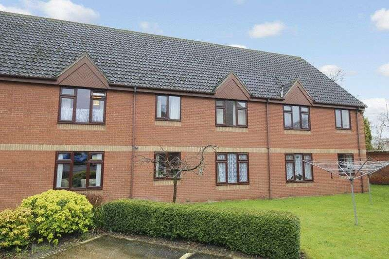 2 Bedrooms Retirement Property for sale in Parkside Court, Diss, IP22 4NJ