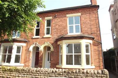 5 Bedrooms Property for rent in North Road, West Bridgford, NG2 7NG