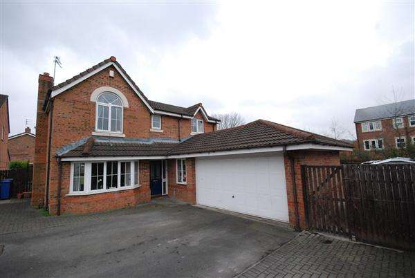 4 Bedrooms Detached House for sale in Riverstone Bridge, Rochdale